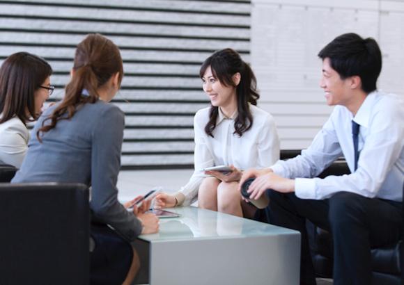 チームビルディングとは?目的や効果を知り、効果的な組織づくりを